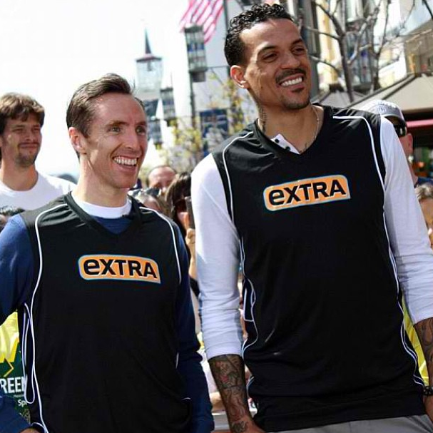 Los Angeles Clipper Matt Barnes and Los Angeles Laker Steve Nash go head-to-head on Extra last Thursday!