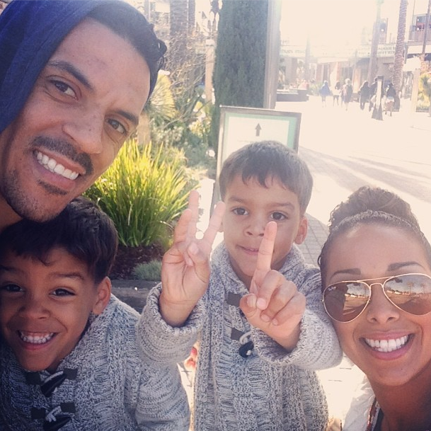 Matt Barnes of the Los Angeles Clippers spending his day off last Saturday with wife Gloria Govan and twins Isaiah and Carter.